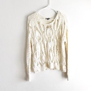 American Eagle • Loose Knit Sweater Top